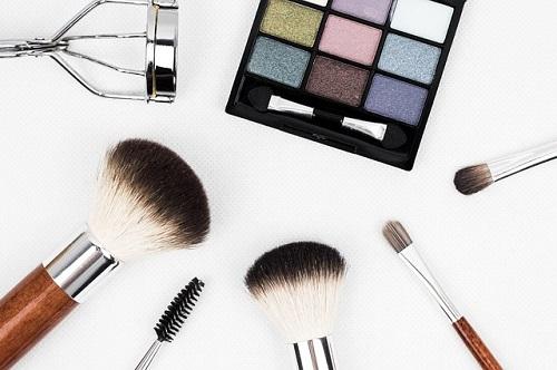 Makeup Tips for Men